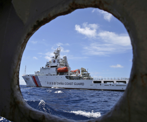 Chinese Coast Guard attempts to block Philippine vessel