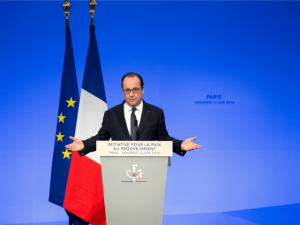 French President Francois Hollande at 'peace' cpnference