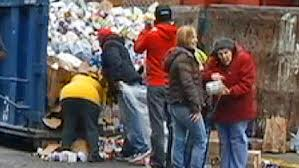 New Yorkers Dumpster Diving for Food after Hurricane Sandy