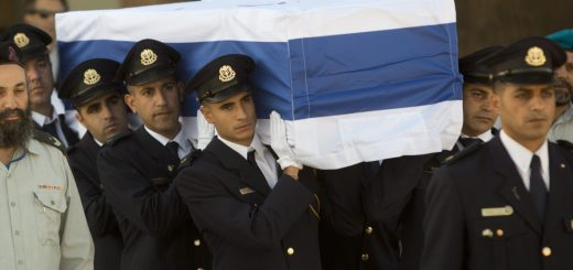 peres-funeral