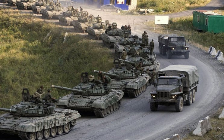 Russian tanks heading towards the Ukraine